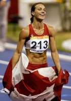 Canada's Jessica Zelinka from London, Ont. celebrates after winning the gold medal in women's heptathlon at the Estadio Joao Havelange at the Pan American Games in Rio de Janeiro on Wednesday, July 25, 2007. (CP PHOTO/Andrew Vaughan) Canada
