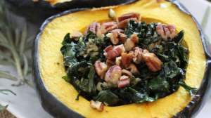 Garlic and Kale Acorn Squash