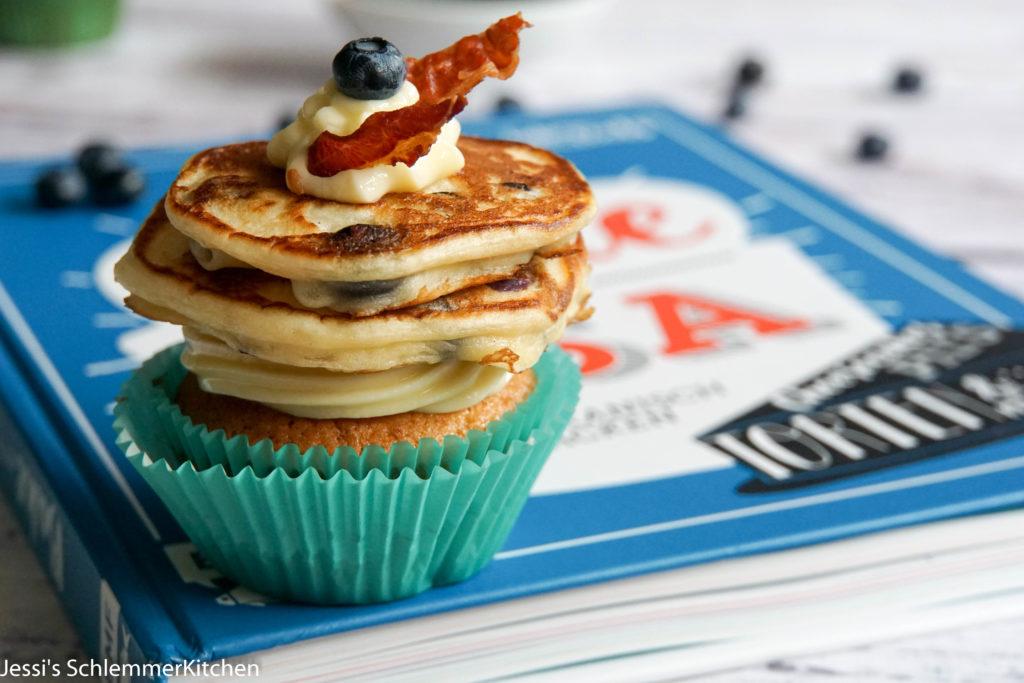 Blueberry Pancake Cupcakes  Jessis Schlemmerkitchende