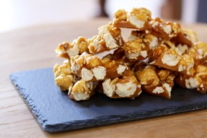 Pink Salt & Vanilla Popcorn Brittle {Recipe}