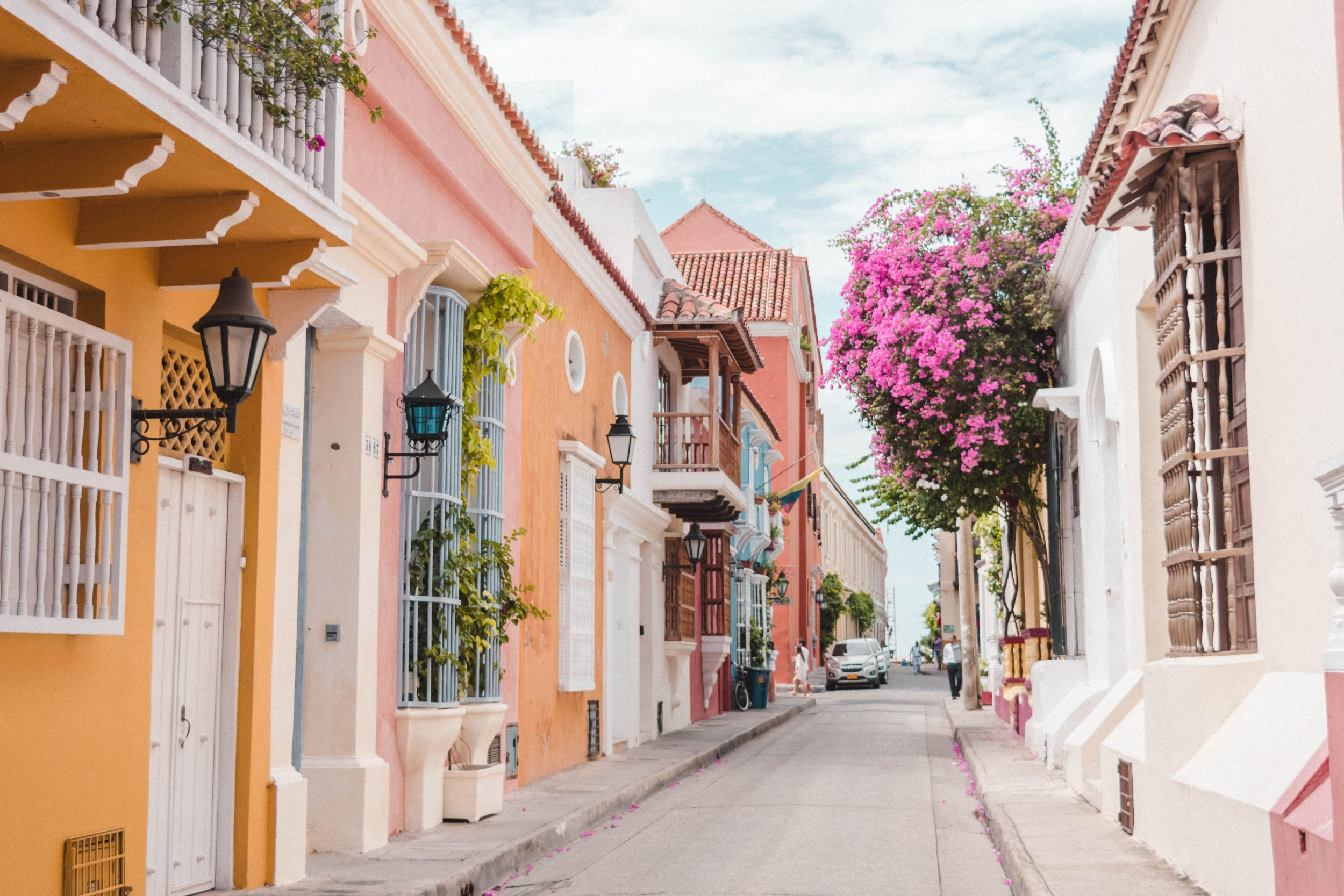 515893d8f0c Cartagena first made its way onto my bucket list with pictures of brightly  coloured colonial houses and bougainvillea covered streets.