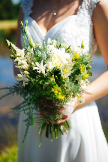 Oak-Tree-of-peover-wedding-H&C-572