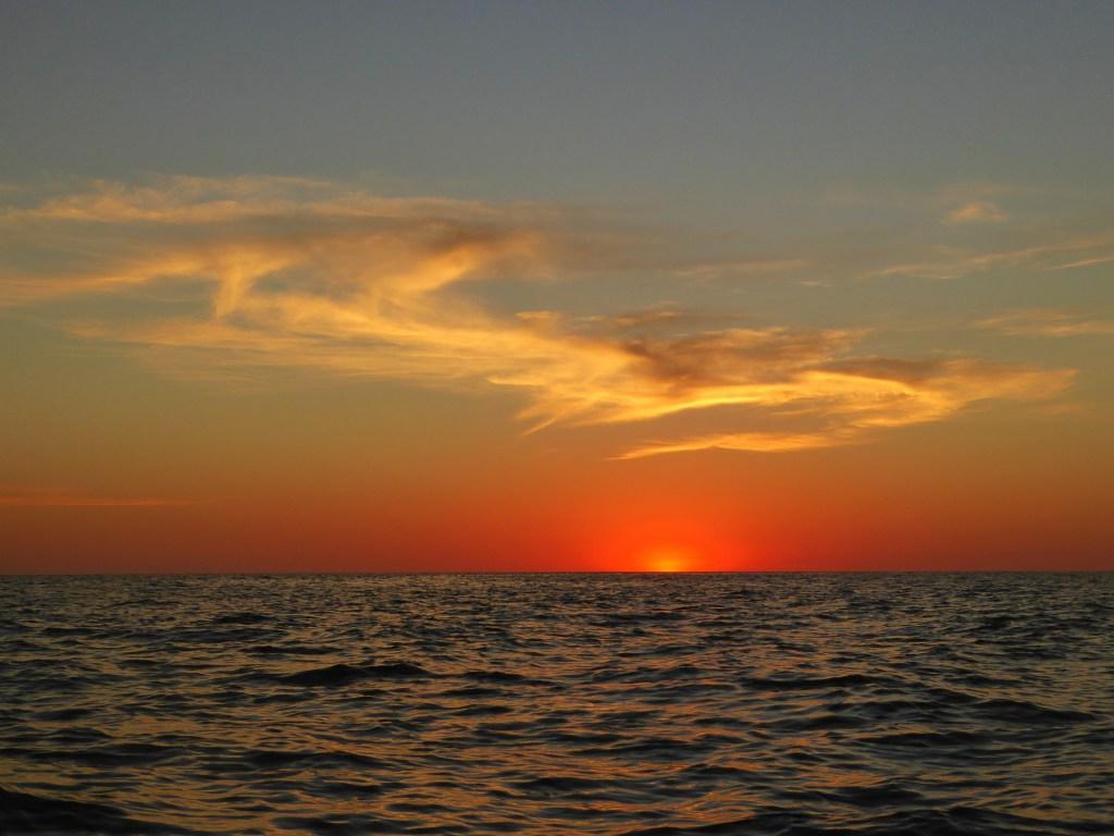 sunset el cuco el salvador boat trip