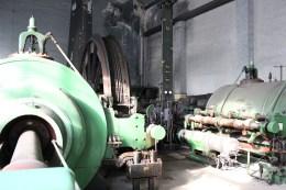 Grüne Zwillings-Dampfmaschine
