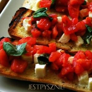 Makaron z kurczakiem, suszonymi pomidorami i mascarpone