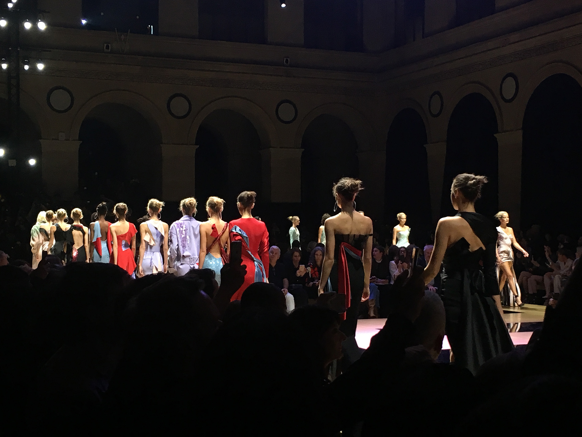 Womenswear Paris Fashion Week   © Anton RODIONOV