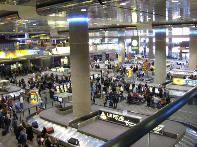 1200px-McCarran_airport_las_vegas