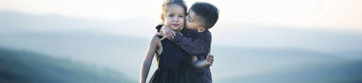 Liebe deinen Nächsten wie dich selbst - die Bedeutung ist Nächstenbliebe