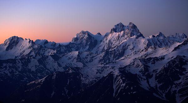 russia-caucasus-mountain_18547_600x450
