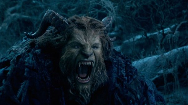 beauty_and_the_beast_5_-_dan_stevens_-_still_-_h_-_2016_1