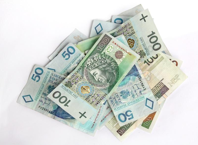 5 sposobów na oszczędzanie. Płać gotówką.