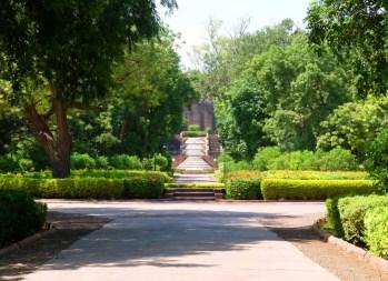 Bal-Samand-Palace-garden
