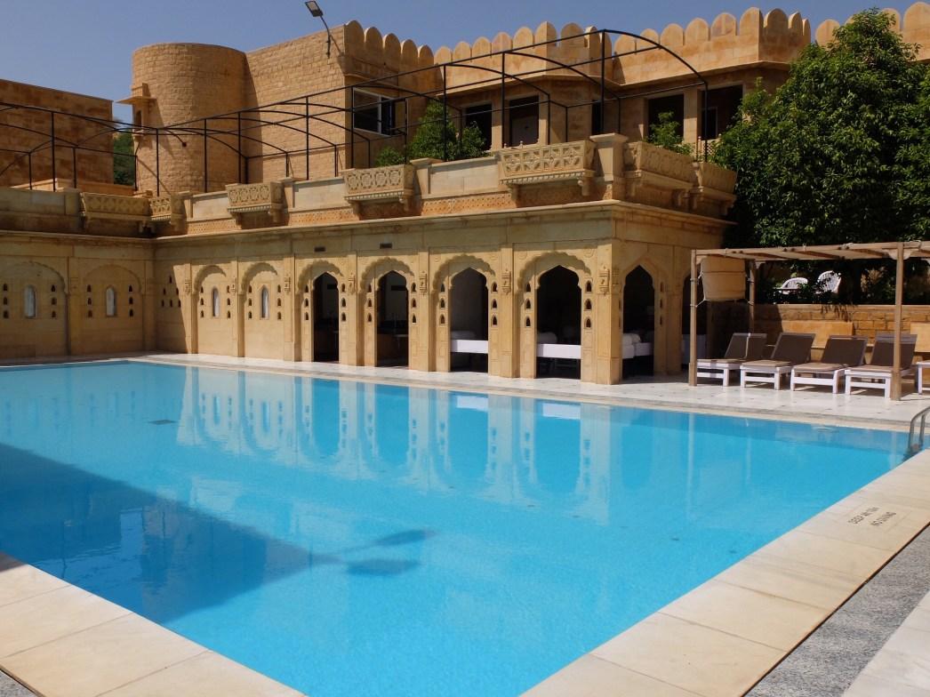 Rang-Mahal-Hotel-Jaisalmer-pool