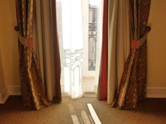 Hotel-As-Janelas-Verdes-window