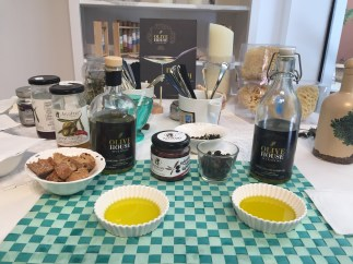 greek-olive-oil-shop-athens