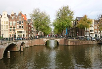 romantic tour amsterdam proposal bridge