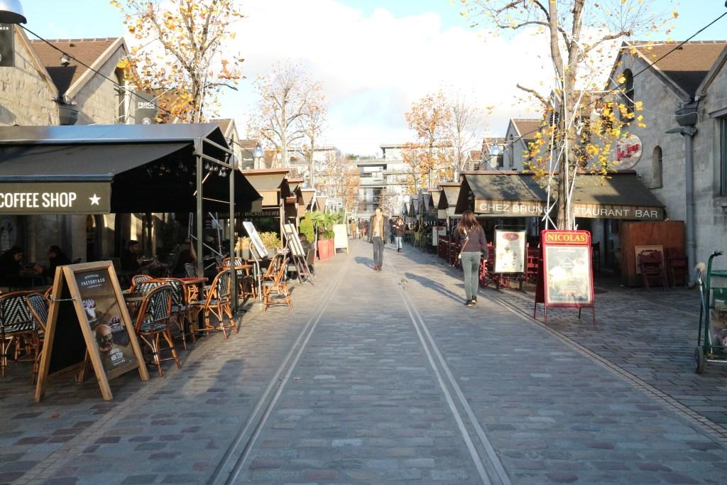 Bercy-Village-Paris-Cour-Saint-Emilion