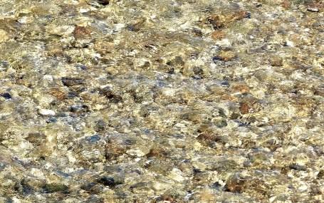 Kieselsteinwasser