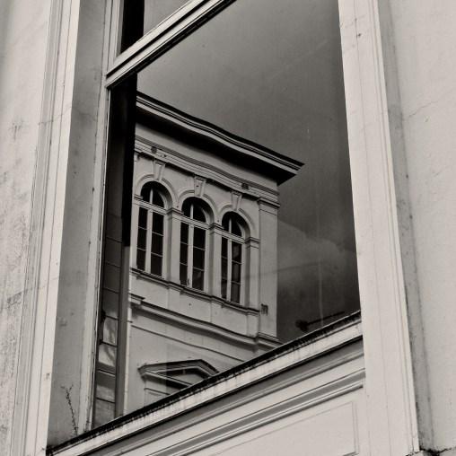 Haus im Fenster