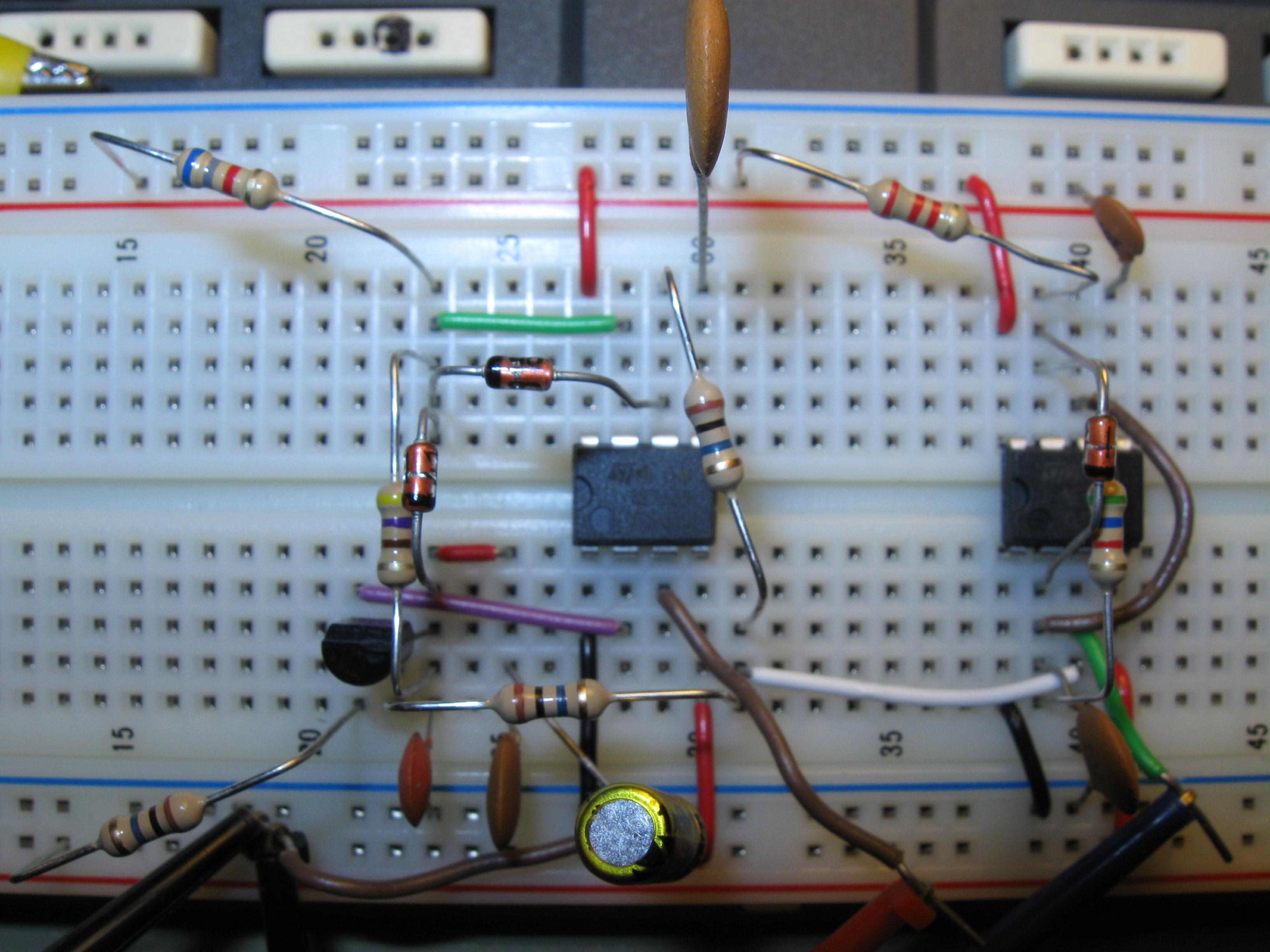 Breadboard Circuit Simulator