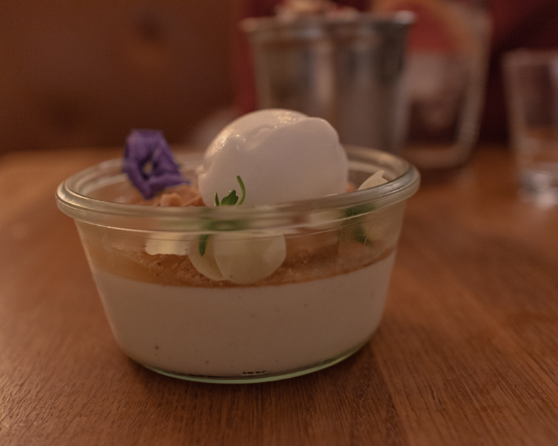 Picture of Madklubben's panna cotta.