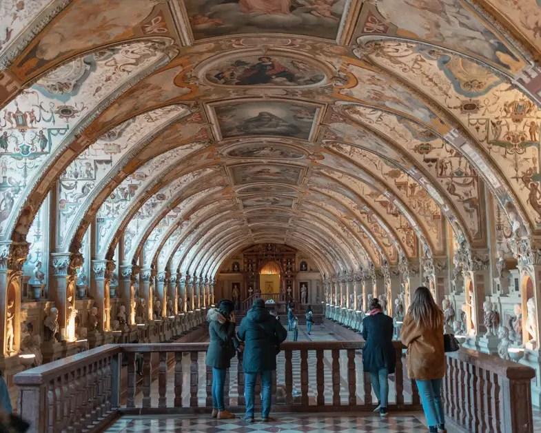 hallway inside the Munich Residenz