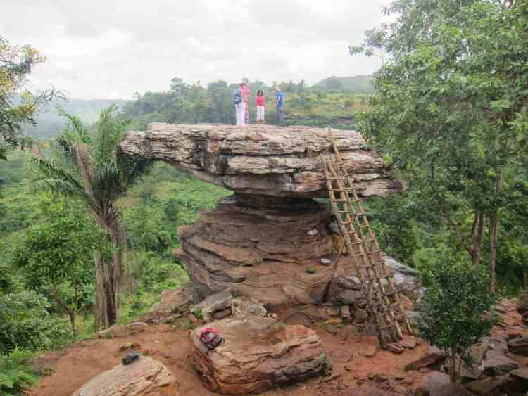 Umbrella Rock, Ghana