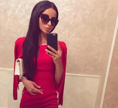 18 Questions To Mariaym, A Russian JetsetBabe