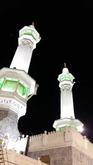 saudi-arabia-minarets-night-time