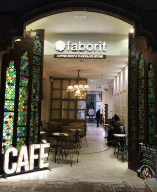 Cafe Faborit Amatller Hot Chocolate Barcelona interior lighting coloured glass