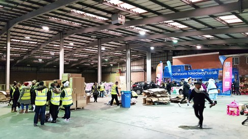 Mission Christmas Cash for kids Manchester 4