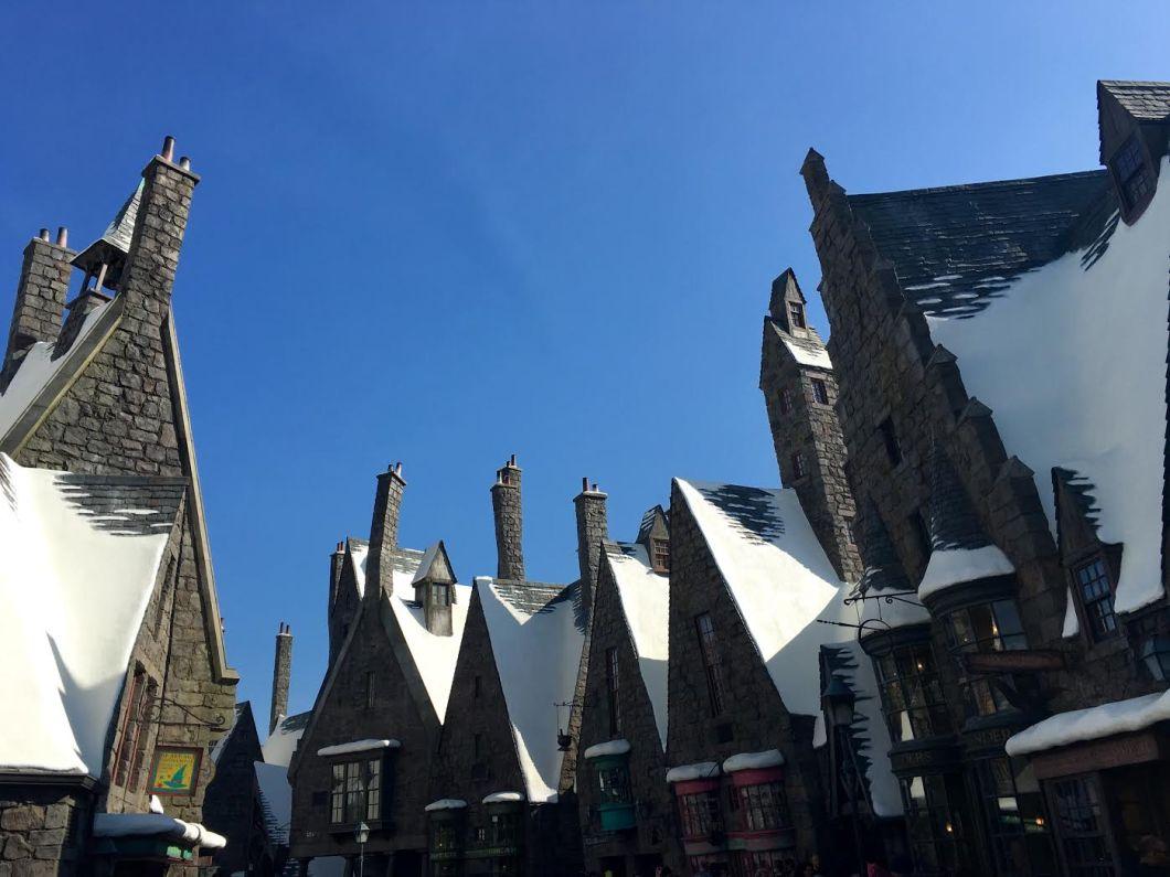 Hogsmeade The Wizarding World of Harry Potter Hollywood | The JetSet Family