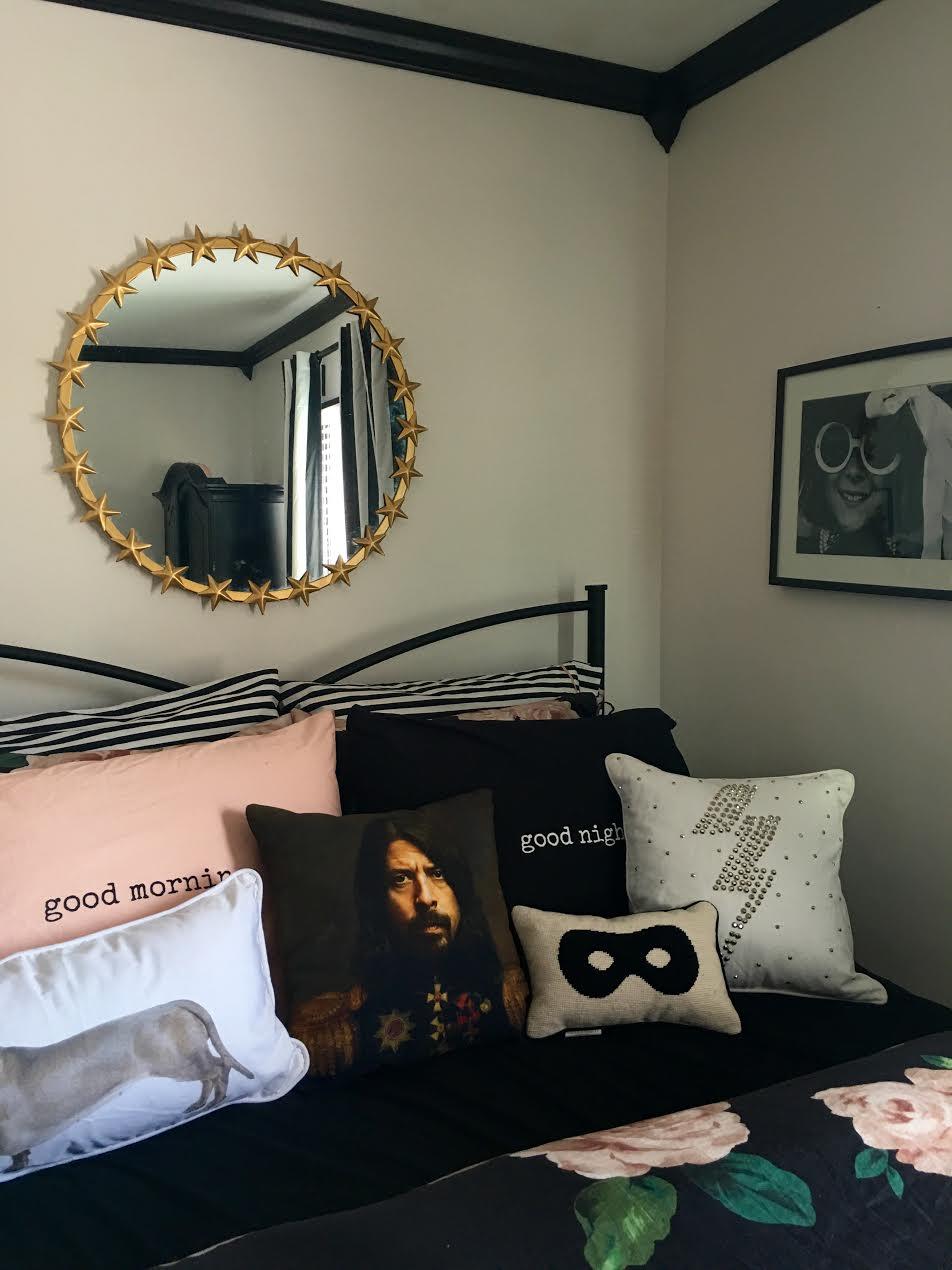 the-gold-star-mirror-emily-meritt-pottery-barn-teen-room-makeover
