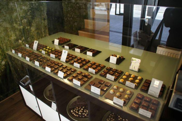 chocolate shop budapest hungary