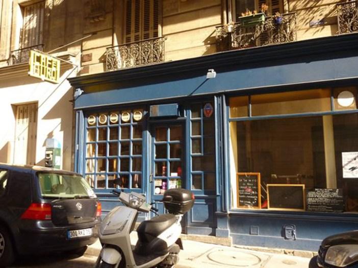 Cafe Burq Paris Montmartre