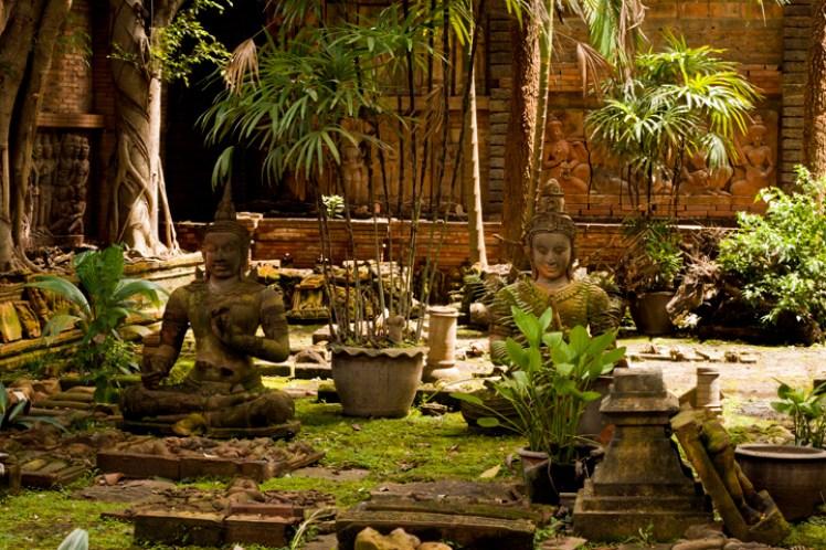 Chiang Mai Garden Terracotta-_2