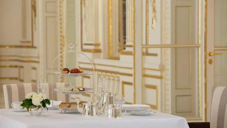 Paris Peninsula afternoon tea