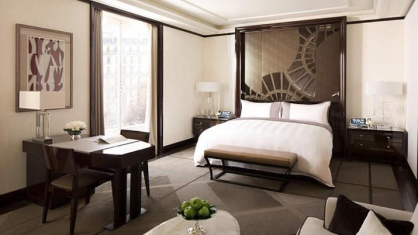 Paris Peninsula suite