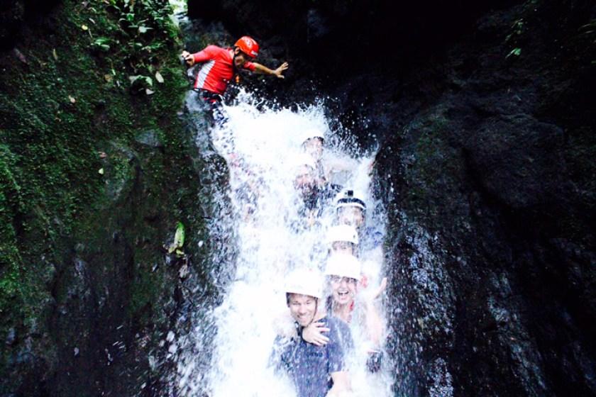 Costa Rica water rafting 1