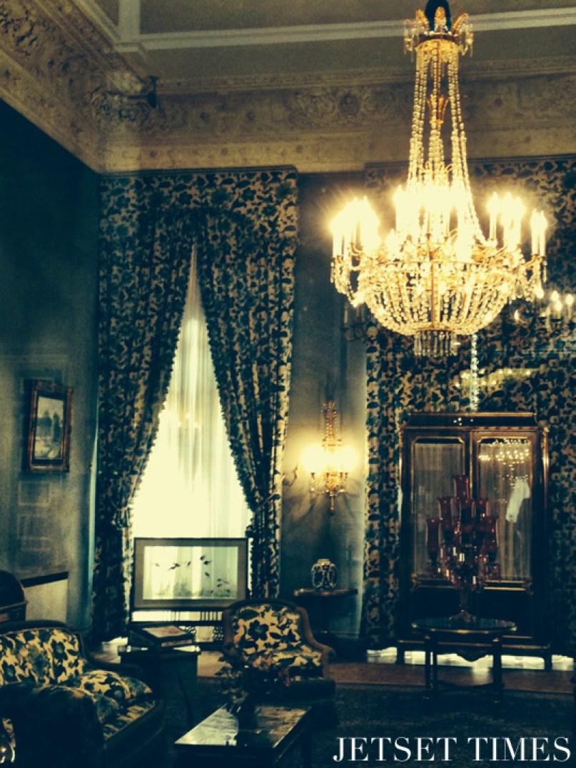 Iran Tehran Sa'dabad Palace living room