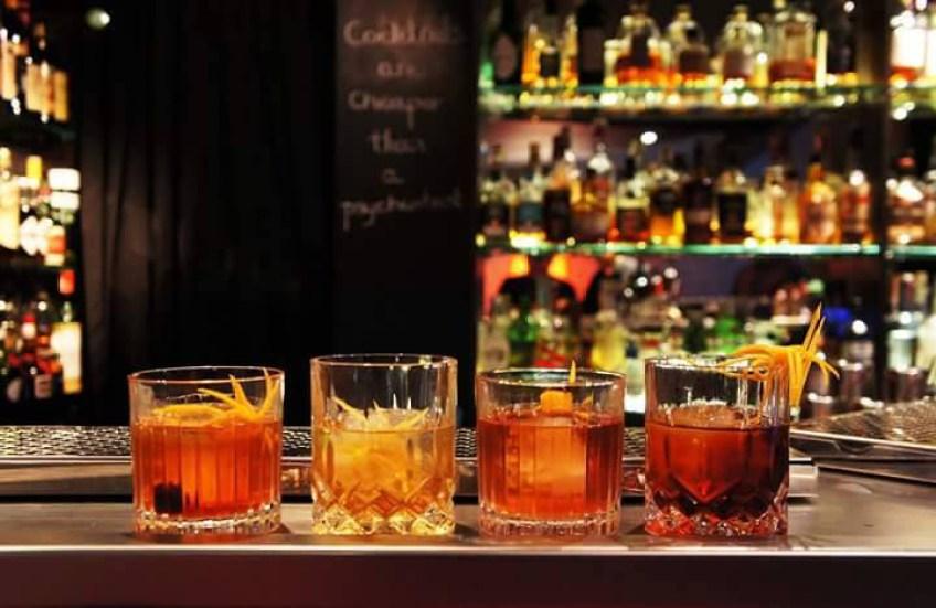 Facebook Jefrey's bar Paris France