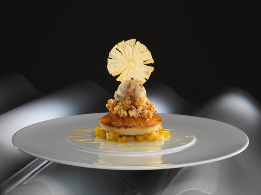 360 Istanbul Turkey dessert plate