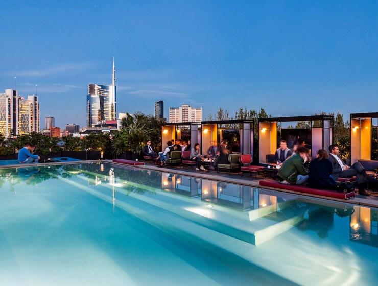 Facebook Ceresio 7 Pools & Restaurant.