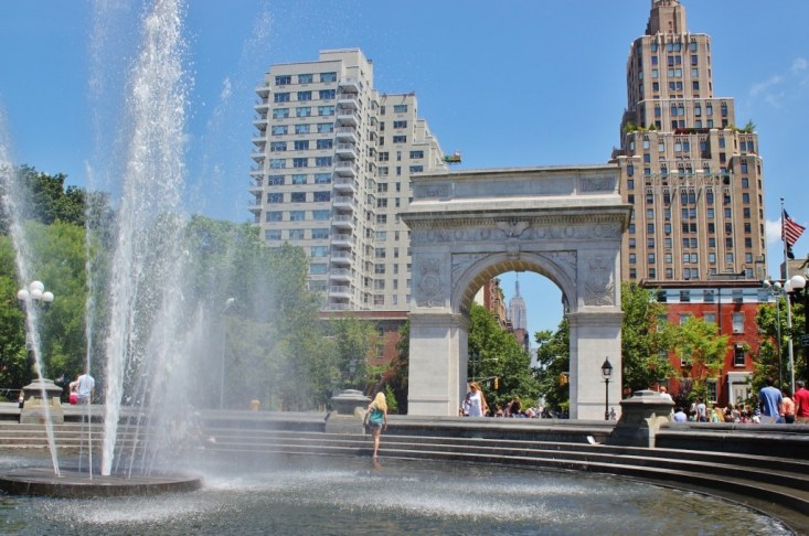 Washington Square Park Fountain, New York City NYC JetSettingFools.com