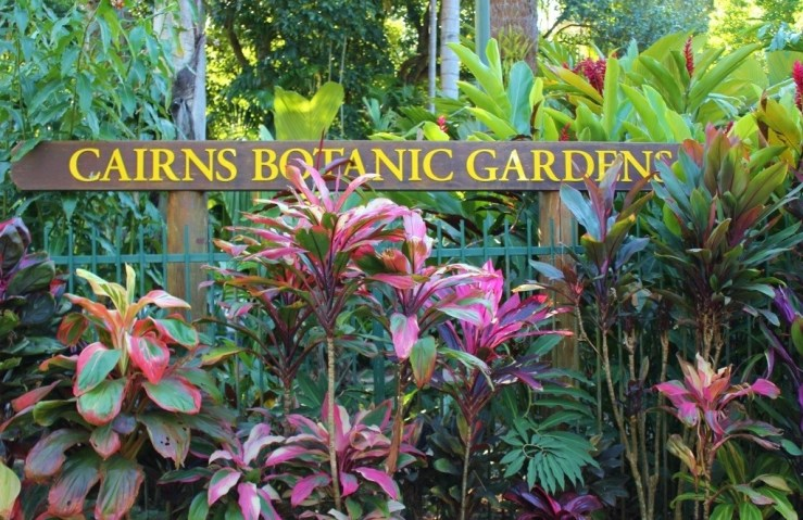 Cairns Botanic Gardens sign in Cairns, Australia