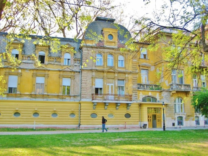 Spa Day and an Opera in Budapest: Lukacs Thermal Baths