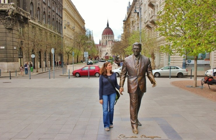 Iconic Budapest sights: Walking through Liberty Square with President Ronald Reagan.
