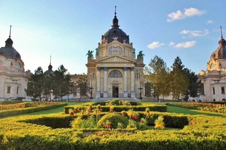 Budapest's City Park: The Szechenyi Baths