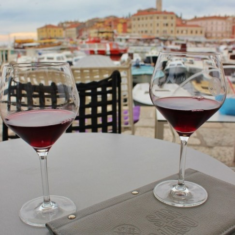 We ended our Rovinj Wine Walk on the harbor at San Tommaso Wine Bar