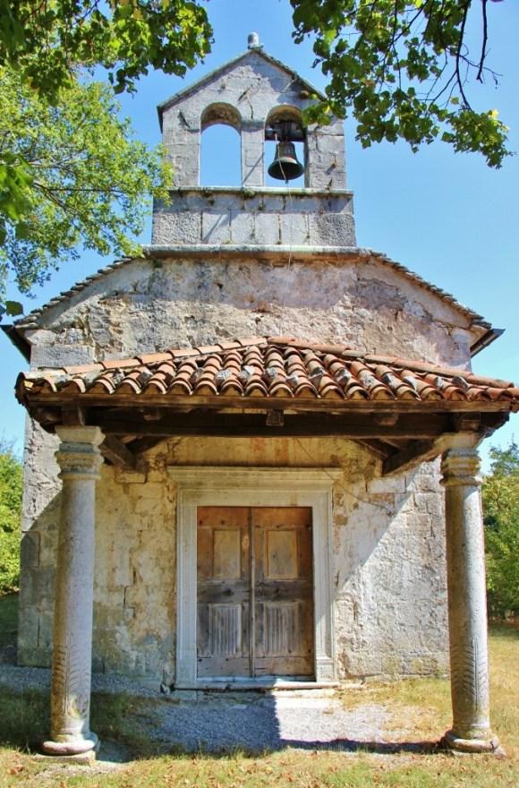 st-helena-church-frescos-gradisce-pri-divaci-slovenia